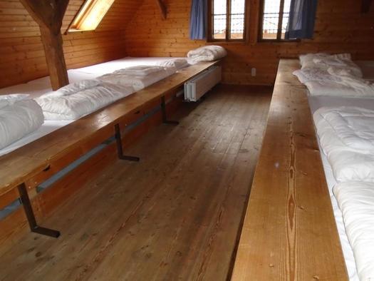 Großes Bettenlager