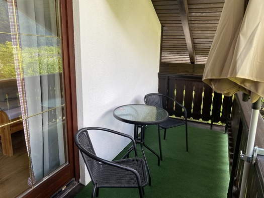 Zimmer 1 Balkon. (© Franziska Wigert)