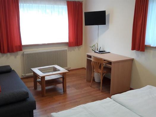 Standard Doppelzimmer 2 (© Pension Haus Ahamer)