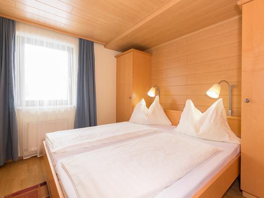 FEWO Bergblick Schlafzimmer. (© Roland Dobetsberger)