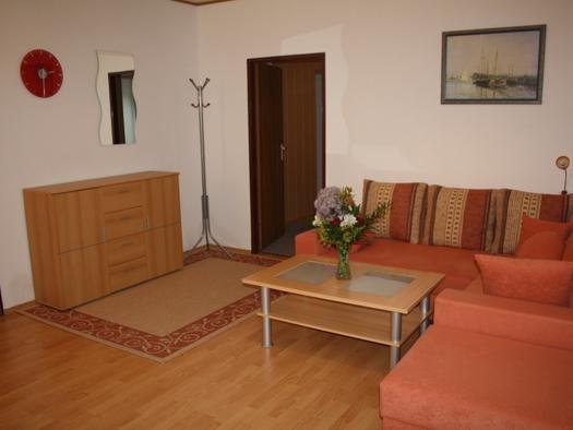 Komplett eingerichtete Ferienwohnung im Paterre - mit 4 Edelweiß ausgezeichnet. (© Ferienwohnung Musler / Silvia Musler)