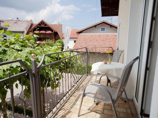 Fewo 1 de luxe mit Balkon Pension Knoll**** Schörfling am Attersee (© Familie Knoll)