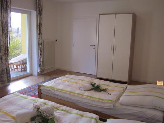 2. Schlafzimmer (© Hölzl)