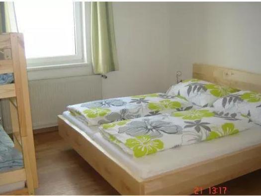 Schlafzimmer für vier, mit Stockbett