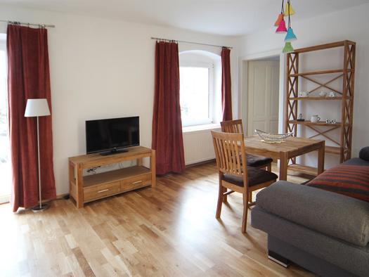 Wohn- und Fernsehbereich (© Gala Apartments)