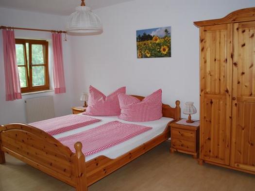 Schlafzimmer Ferienwohnung Sonnenblume (© Unteres Feld)