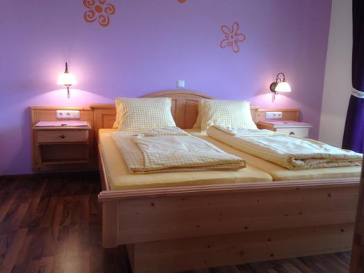 Gemütliches Doppelbett (© A. Gösweiner)