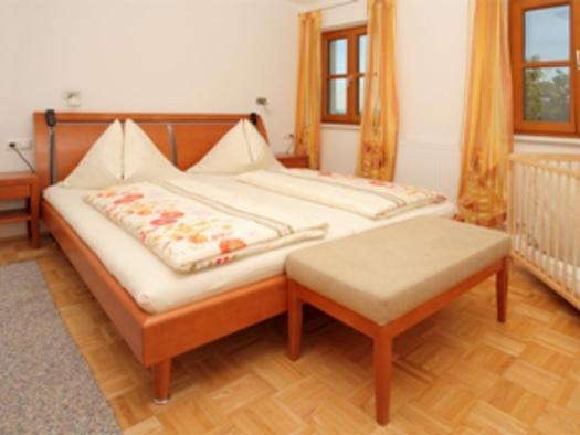 Schlafzimmer `Sonnenblume-Johanniskraut`