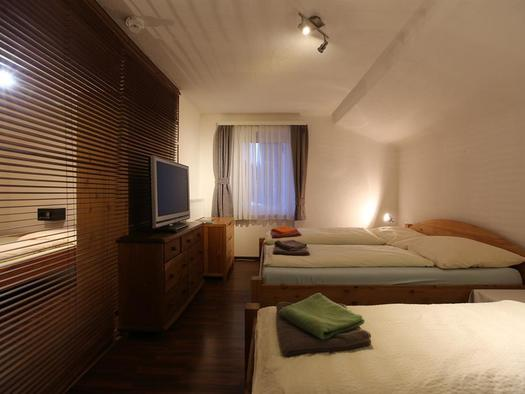 Schlafraum (© Hotel Wildschütz)