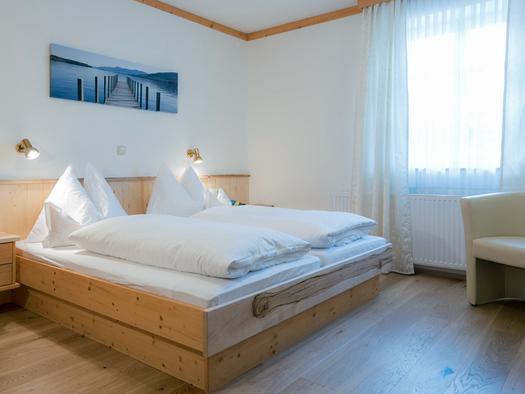 Wohlfuehl-Doppelzimmer Hotel Ragginger Nußdorf am Attersee (© Familie Ragginger/Klaus Costadedoi)