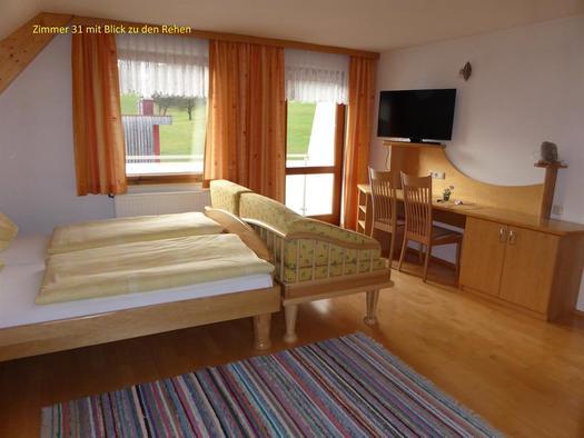 Zimmer 31 mit Blick zu den Rehen