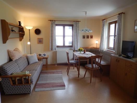 Nußbaum Wohnküche