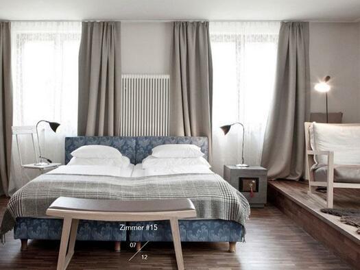 Doppelbett mit Terrasse (© Hotel-Restaurant Mühltalhof)