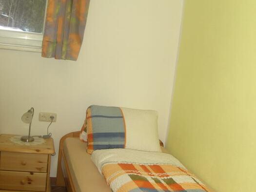 Familienzimmer `Enzian` - Schlafzimmer 3. (© seekda)