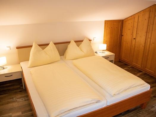 Erstes Schlafzimmer Ferienwohnung. (© TVB)