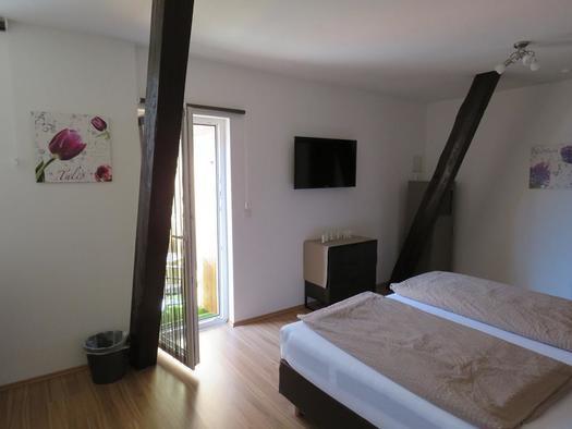 Helles Schlafzimmer (© Böhmerwald pur 2 | Privat)