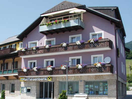 Raiffeisenbank Attersee Süd (© Raiffeisenbank Unterach)