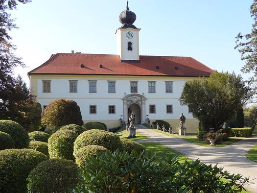 Schloss Altenhof (© Salburg)