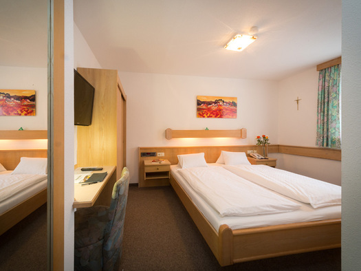 Doppelzimmer Economy Hotel Alpenblick Attersee am Attersee (© Hotel Alpenblick/Hanes Seiringer)
