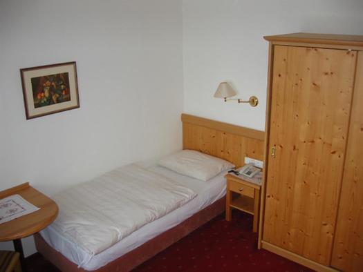Komforteinbettzimmer