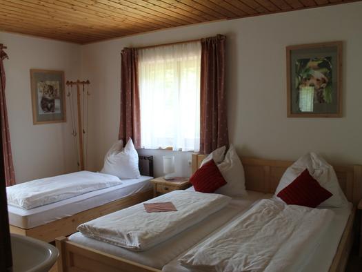 Schlafzimmer 2 (© Knoblechner)