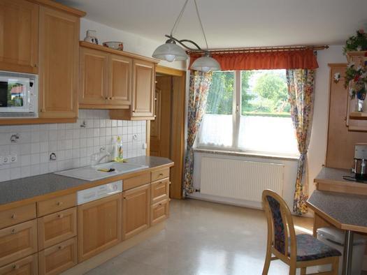 Küche Richtung Fenster