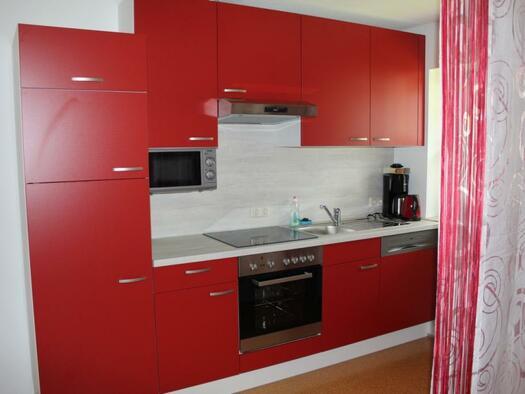 Zimmer `Krippenstein` - Küchenblock. (© seekda)