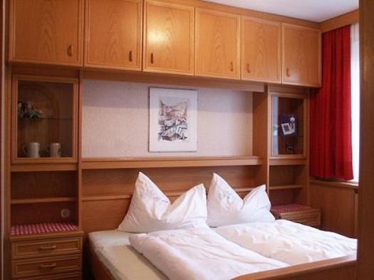 Familienzimmer 9