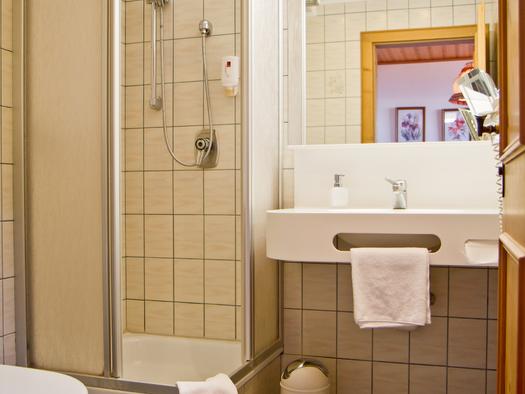 Einzelzimmer Hotel Bramosen - Bad (© Hotel Bramosen)