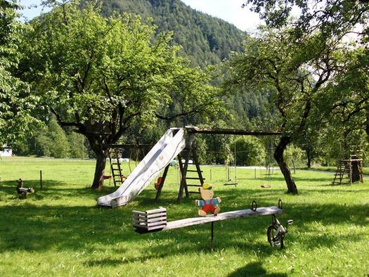 Der Peterhofer Abenteuerspielplatz