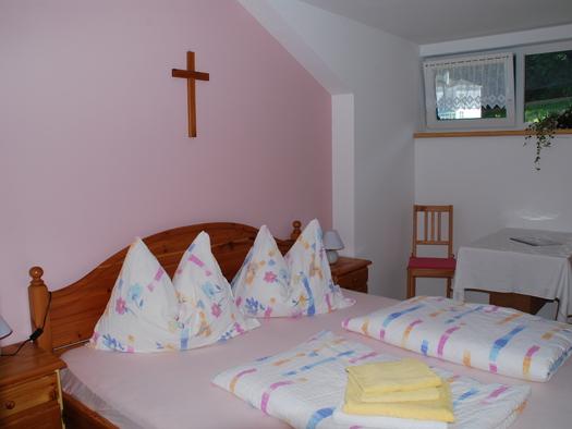 Appartement - Zimmer 2 (© Gästehaus Lumesberger)