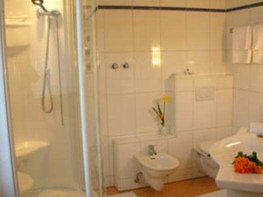Badezimmer im Hotel Bayrischer Hof