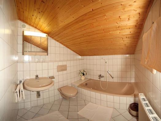Doppelzimmer-Bad (© Salzburger Hof)