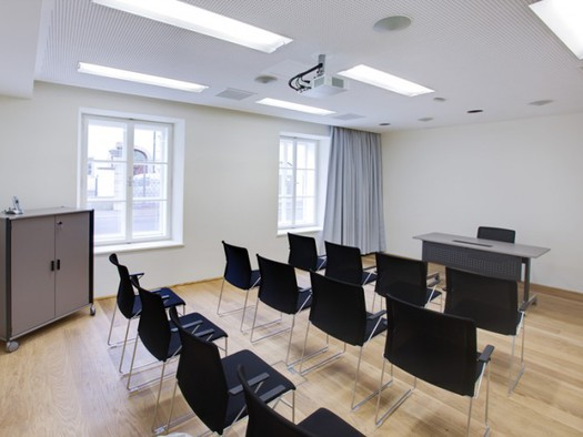 im EG35m215 Personen Classroom. (© Hotel am Domplatz GmbH)