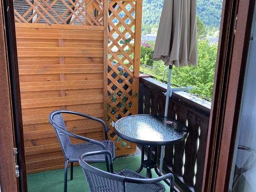Zimmer 2 Balkon. (© Franziska Wigert)