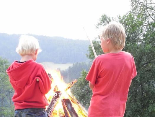 Lagerfeuer auf der Alm