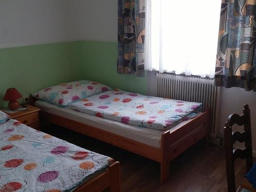 2 getrennte Betten (© Ferienwohnungen Schiemel)