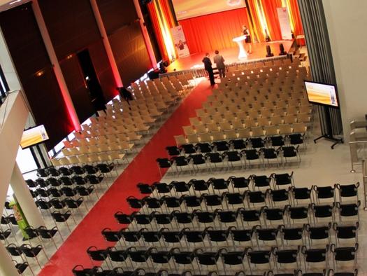 Ereignisreich und Foyer (© welios)