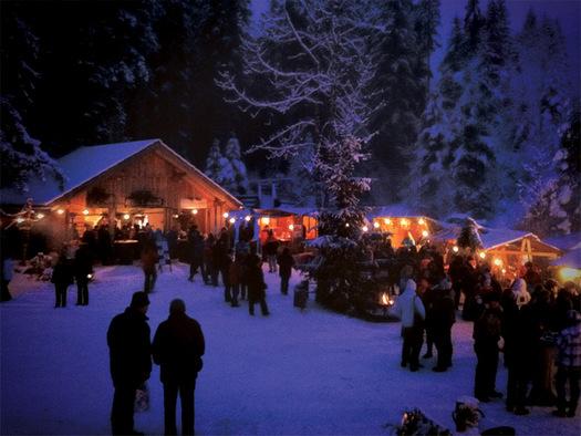 Der besondere Christkindlmarkt in Gosau. (© Ferienregion Dachstein Salzkammergut / Grill Elisabeth)