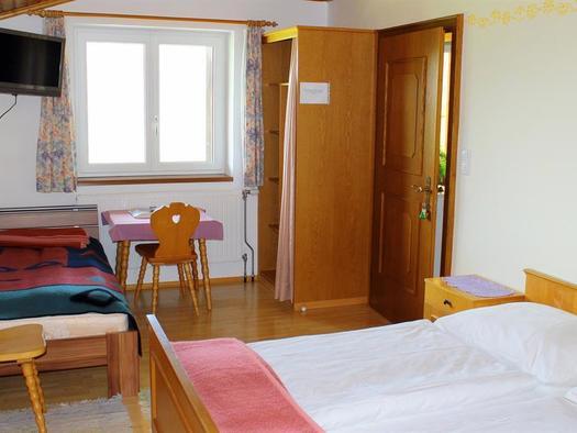 Dreibettzimmer  -  Haus Mösenbichler in Vorderstod (© Edith Löger)