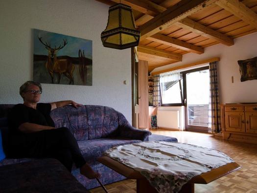 Sitzecke Wohnraum Wohnung 3 (© monika pramreiter)