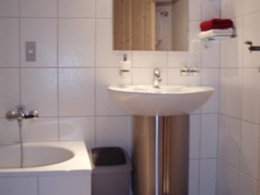Bad im Doppelzimmer `kleiner Priel`