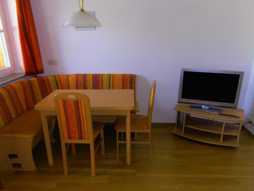 Apartment mit 1 Schlafzimmer und Küchenzeile. (© Katharina Linortner)