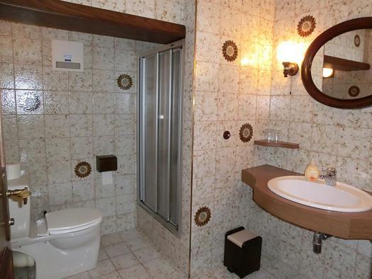 Dusche /WC im Zimmer  Sternenhimmel 2. Stock (© Bürtlmair)