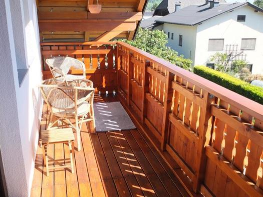 Balkonzimmer mit Morgensonne (© Ferienhaus in der Schlipfing)