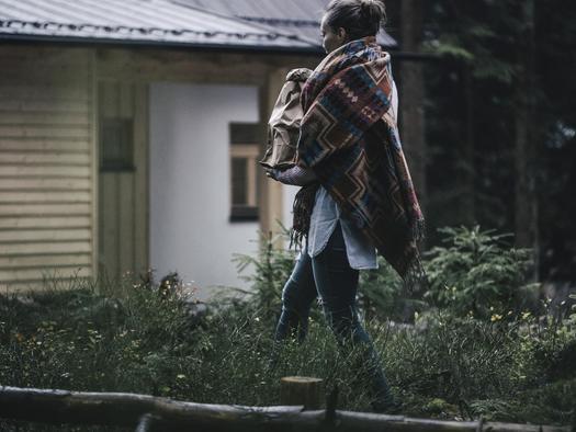 Weg zur Hütte (© Ramenai Das Böhmerwaldlerdorf)
