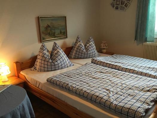 Zimmer mit Doppelbett (© Pension Stögmüller | Privat)