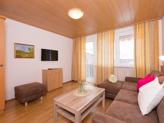 FEWO Bleckwand Wohnzimmer. (© Roland Dobetsberger)