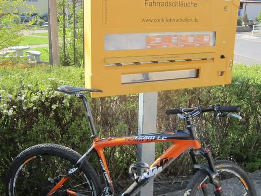 KTM-Händler und Radservice (© Ralf & Walter)