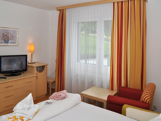 junior-suite-nebenzimmer-72dpi
